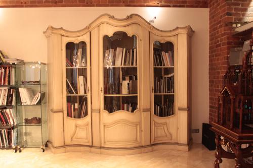 Книжный шкаф от Sandra Rossi