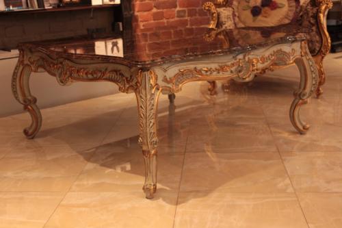 Журнальный стол от Boiserie Italia